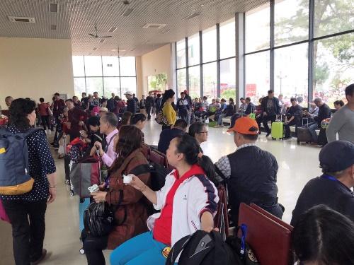 Khách du lịch Trung Quốc ồ ạt vào Quảng Ninh