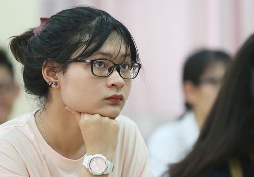 Thí sinh Hà Nội tham dự kỳ thi THPT quốc gia 2018. Ảnh: Ngọc Thành.