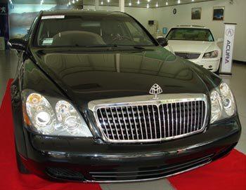 Maybach hiện thời chắc chắn là chiếc xe sang trọng nhất ở Việt Nam.