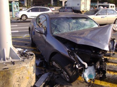 hyundai-genesis-coupe-10-accident--13487