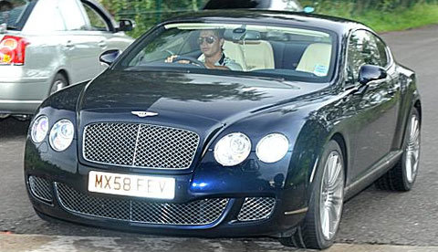 Cristiano Ronaldo và chiếc Bentley Continental GT Speed