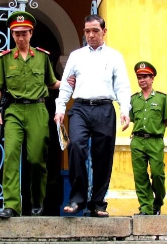 Vụ Huỳnh Ngọc Sĩ nhận hối lộ đã làm mất danh dự, uy tín quốc gia.