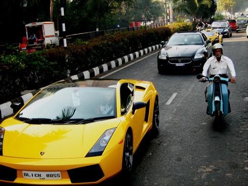 Rất dễ nhận ra sự ưa chuộng của giới chơi xe Ấn dành cho Lamborghini và Ferrari. Đây là chiếc Gallardo