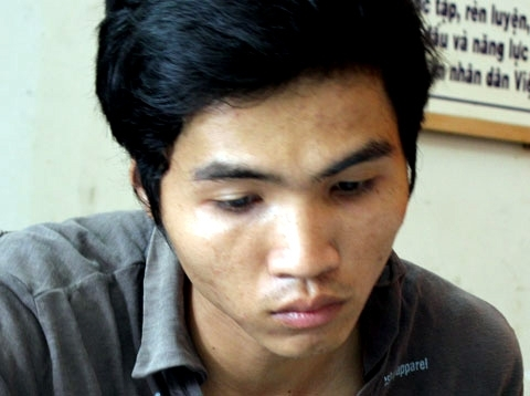 Phan Văn Huấn tại cơ quan điều tra. Ảnh: An Nhơn