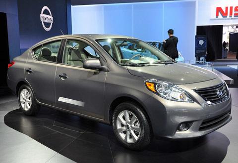 Nissan Versa 2012 trở thành chiếc xe rẻ nhất nước Mỹ.