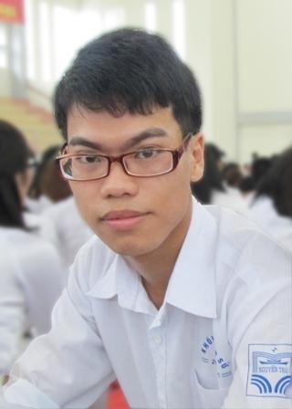 Bạn Lý Mạnh Đạt là một trong số những tân sinh viên đầu tiên chia sẻ ước mơ với chương trình.
