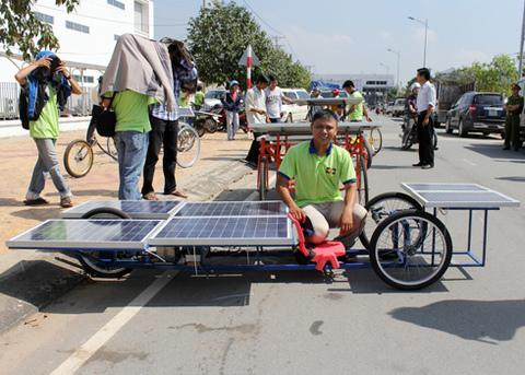 a-tb-9-solar-car-1349432585_480x0.jpg