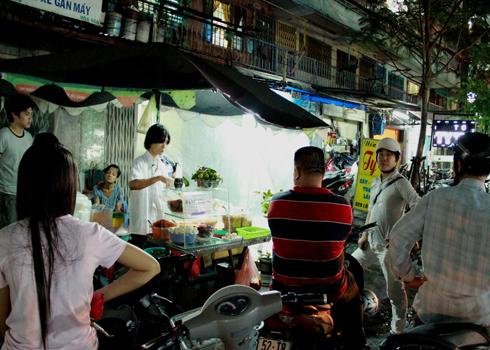 Bánh tráng trộn ngon nhất nhì Sài Gòn
