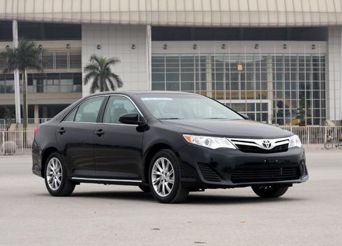Toyota Camry 2012 có mặt tại Việt Nam trước khi được bán ở Mỹ.