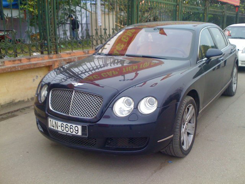 6669bentley-flying-spura-1354206419_500x