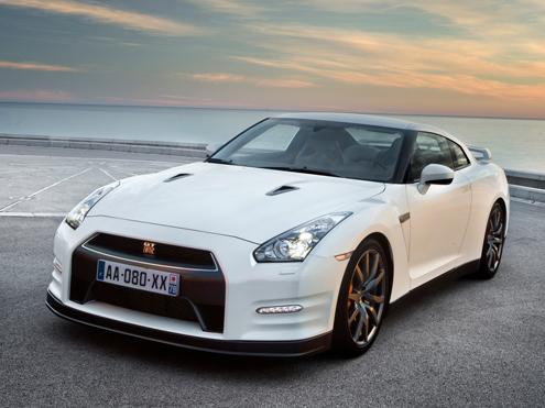 Nissan GT-S