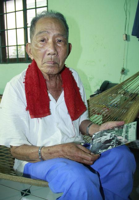Ông Phạm Ngọc Toản - người cận vệ 15 năm bảo vệ Bác Hồ. Ảnh: Nguyễn Đông