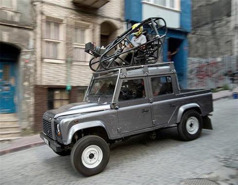 land-rover-defender3-1355199429_500x0.jp