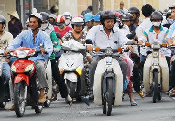 Theo TS Lê Hồng Sơn, việc lưu thông chiếc xe chưa sang tên đổi chủ không ảnh hưởng gì đến trật tự giao thông trong bối cảnh không có tranh chấp về quyền sở hữu.