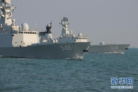 Các tàu tham gia tuần tra và diễn tập quân sự tại Biển Đông. Ảnh: Xinhua