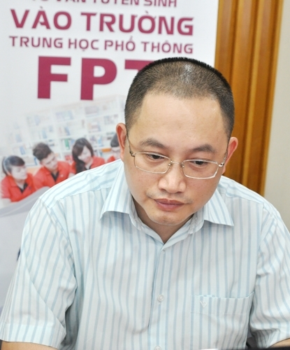 Thầy Nguyễn Xuân Phong.
