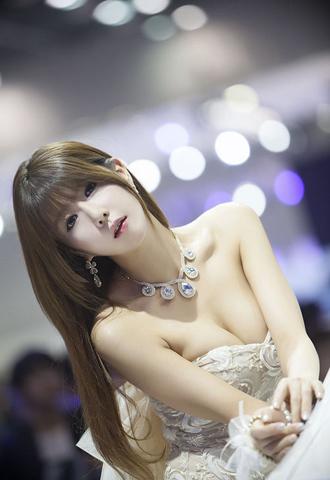 nguoimauxehoi10-741965-1369381056_500x0.