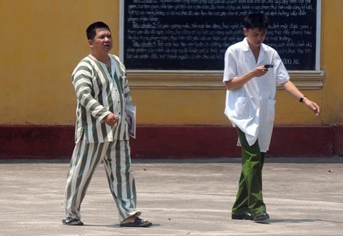 ngày 15/6 tại trại giam số 5 Bộ Công an (Yên Định, Thanh Hóa), ông Cù Huy Hà Vũ vẫn đi lại, nói chuyện bình thường.