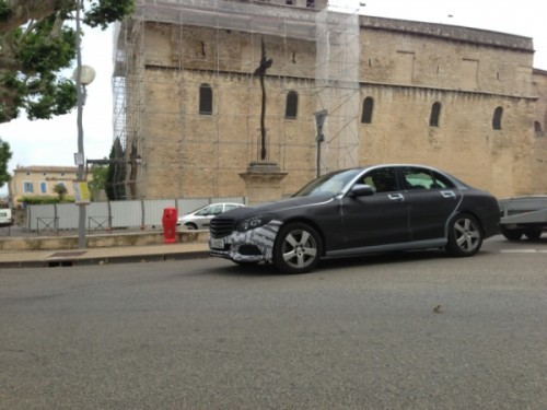 2015-Mercedes-C-Class-spied-in-France-jp