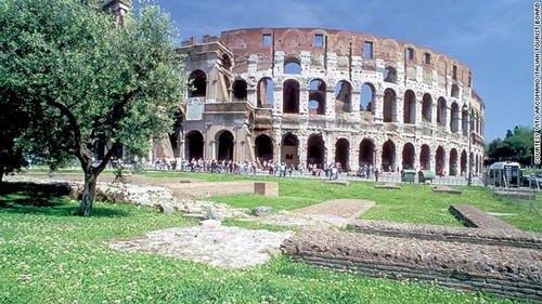 130626154054-engineering-colosseum-horiz