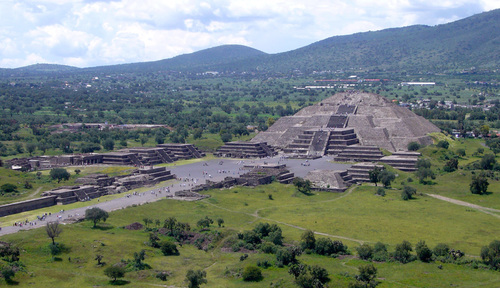 teotihuacan-from-the-pyramid-of-the-sun-