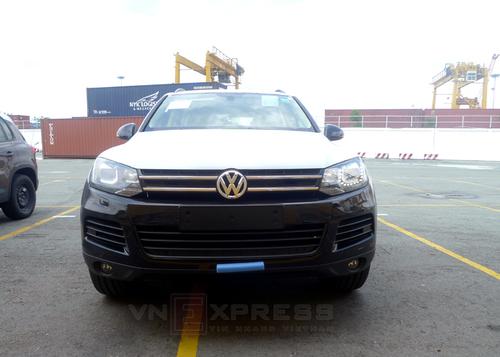 VW-Touareg-2013-1-1373365567_500x0.jpg