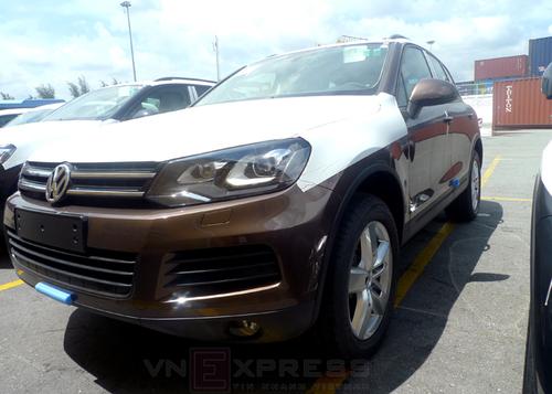 VW-Touareg-2013-4-1373365567_500x0.jpg