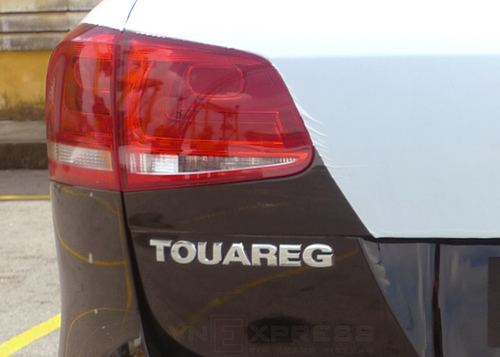VW-Touareg-2013-7-1373365568_500x0.jpg
