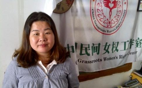 Ye Haiyan, người hoạt động vì quyền của gái bán dâm, nói những công nhân tình dục nghèo khó không thể nộp tiền bảo kê thì thường bị cảnh sát bắt.