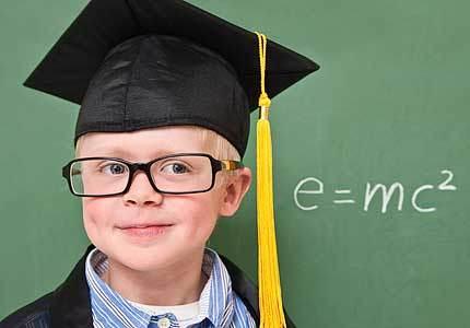4 dấu hiệu nhận biết người thông minh
