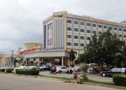 Casino-9-1373615885_500x0.jpg