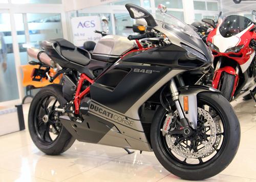 Ducati-848-evo-2013-1-1373562268_500x0.j