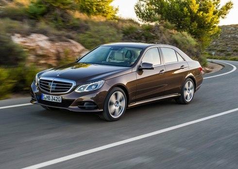 Mercedes-Benz-E-Class-2014-10.jpg