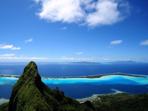 the-picturesque-matira-beach-in-bora-bor