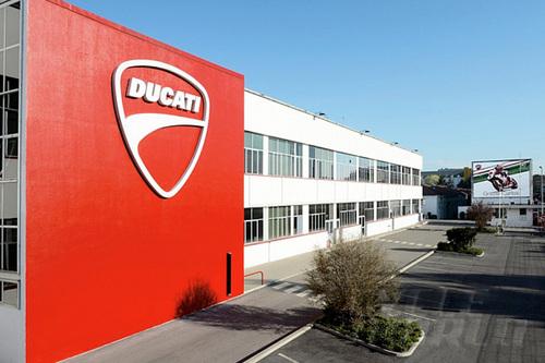 Ducati-Thailand-building-2-1373941130_50