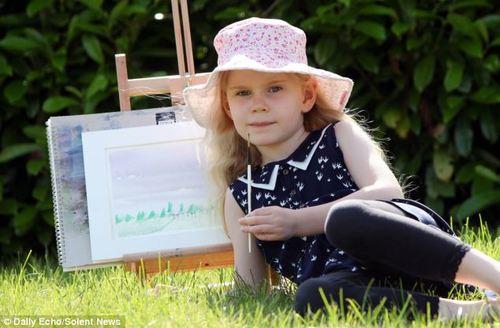 """Một bé gái 4 tuổi ở Anh được nhận vào nhóm những người có chỉ số IQ cao nhất. Chỉ số IQ của bé chỉ thấp hơn một điểm so với nhà vật lý Einstein.  Heidi Hankins bắt đầu có những biểu hiện thông minh hơn người từ khi mới chỉ một tuổi.  """"Chúng tôi luôn nghĩ rằng con bé khá nhanh nhẹn khi nó có khả năng đọc chữ từ rất sớm. Tôi thường nghe đến các bài kiểm tra IQ ở trẻ em và cũng tò mò về chỉ số đó ở con bé. Và kết quả thực sự rất đáng ngạc nhiên"""", Matthew Hankins - bố của Heidi - nói.  """"Năm con bé 2 tuổi, tôi tập hợp đầy đủ bộ sách Oxford Reading Tree và Heidi đọc hết 30 cuốn sách chỉ trong vòng một giờ. Thường thì một bé gái 7 tuổi mới có thể làm được như thế. Vợ chồng tôi rất tự hào về con bé"""", ông Mathews - hiện là giảng viên tại trường Southampton - nói.  Với chỉ số IQ là 159, bé Heidi đã được nhận vào nhóm Mensa - nhóm những người có chỉ số IQ cao nhất trên thế giới."""