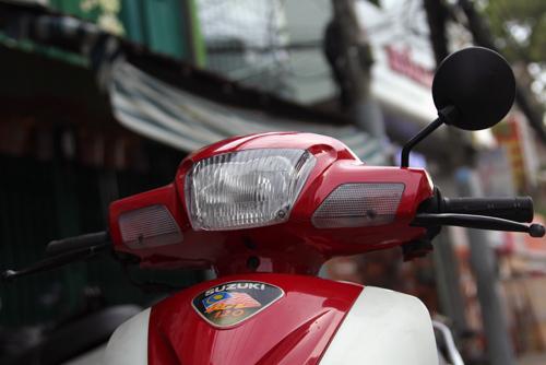 Suzuki-RGV-120-5_1375252476.jpg