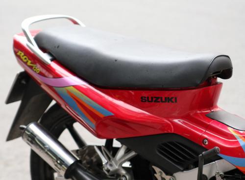 Suzuki-RGV-120-8_1375252476.jpg