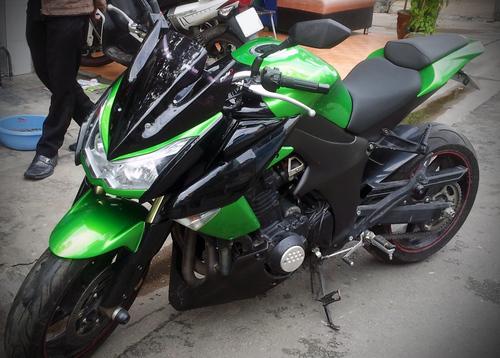 Kawasaki-Z1000-2-1376240484_500x0.jpg