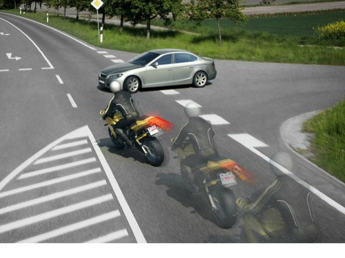 how-motorcycle-abs-works-64330-7-1376270
