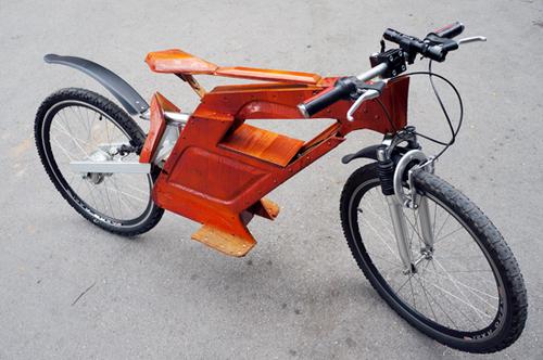Dân chơi xe Hà Nội : Xe đạp điện tự chế bằng gỗ rất độc đáo 3