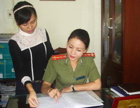 trinh-sat-1376640542_500x0.jpg