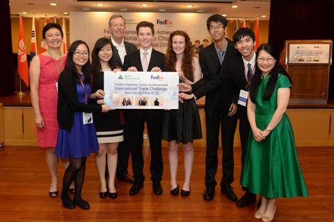 Học sinh Việt tạo ấn tượng tại cuộc thi ở Hong Kong
