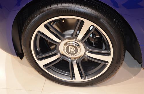 rolls-royce-wraith-9.jpg