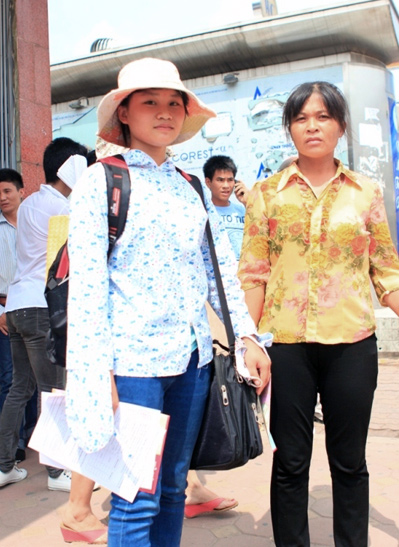 Đường đến đại học gian nan của nữ sinh nghèo học giỏi