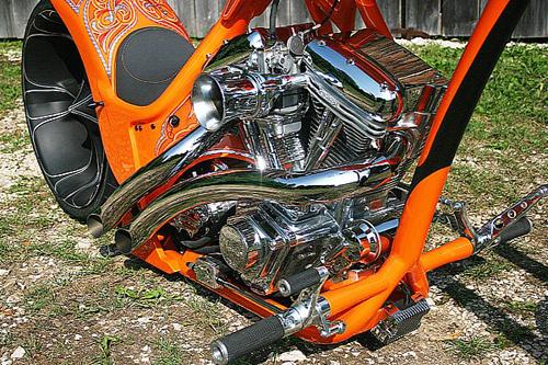thunderbike-and-custom-wolf-orange-madne