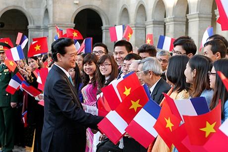 Theo Thủ tướng về mối quan hệ Việt – Pháp là biểu tượng của tinh thần dũng cảm