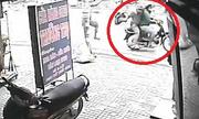 Đập bể tủ kính, cướp tiệm vàng trong 30 giây ở Sài Gòn