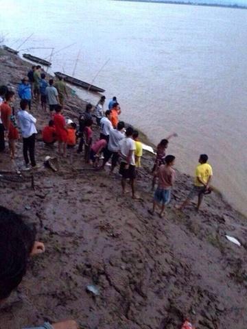 May bay roi o lao | hien truong vu may bay roi  Tai nạn máy bay ở Lào: Hình ảnh hiện trường trên sông Mekong springnewstv 7949 1381942499