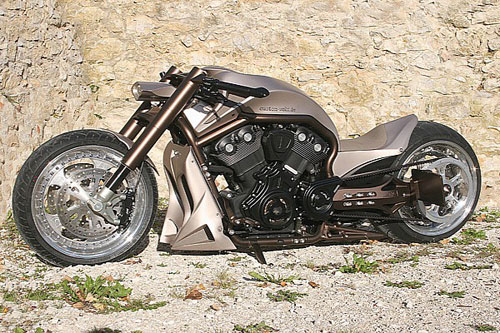 Harley-V-Rod-X-1-2365-1381972213.jpg